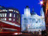 St. Pauls; buildingsite, London 2005
