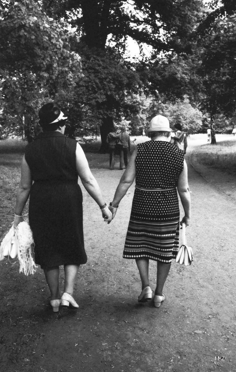 Frieda und Anni, 1977