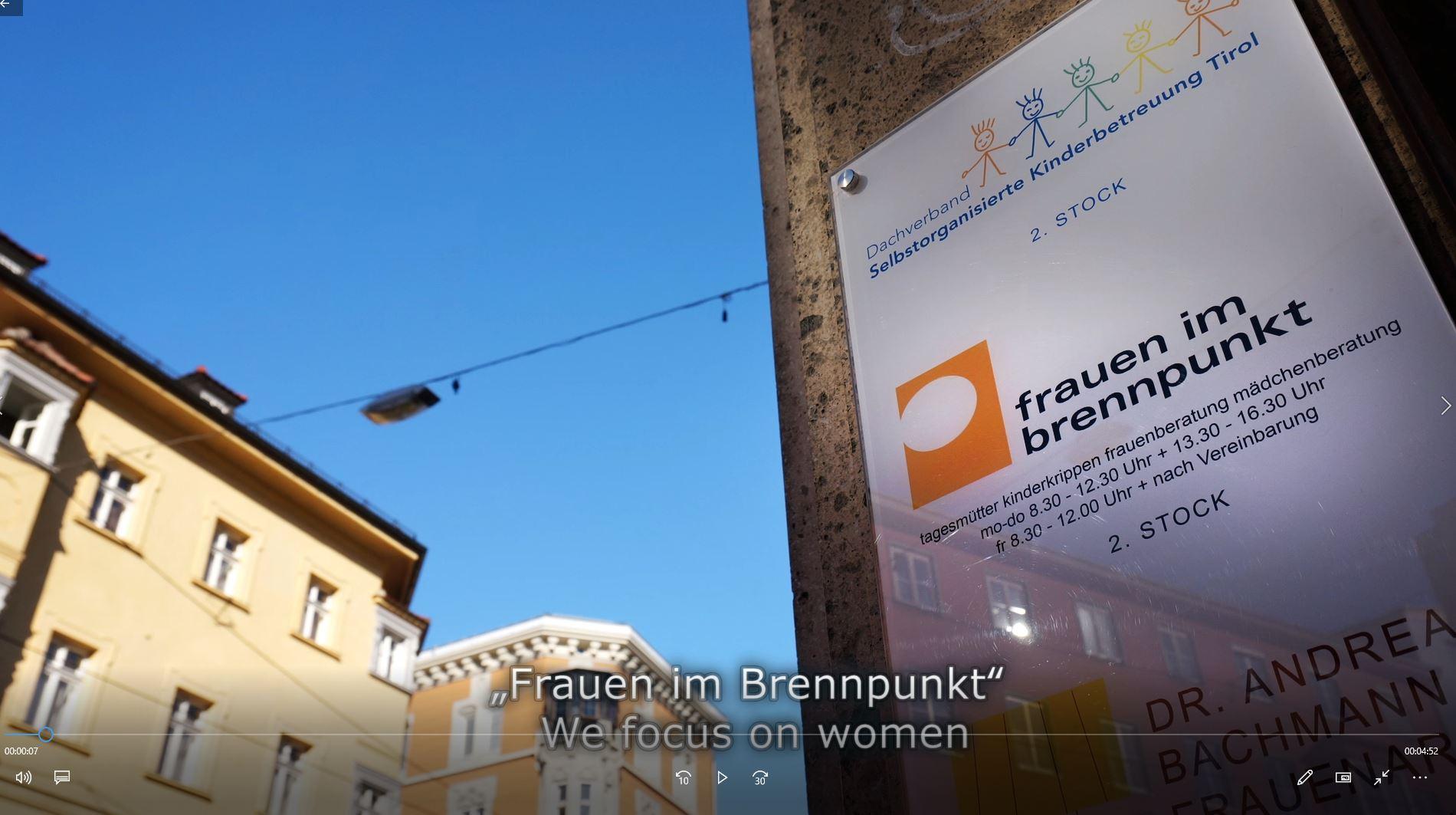 Frauen im Brennpunkt; screen